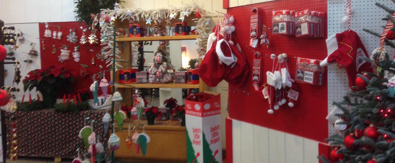 Gift Shop | Young\'s Christmas Tree Farm